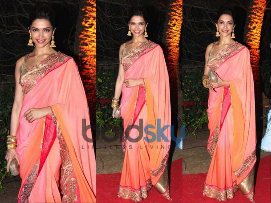 padukone-traditional-clothes-pink-peach-hues